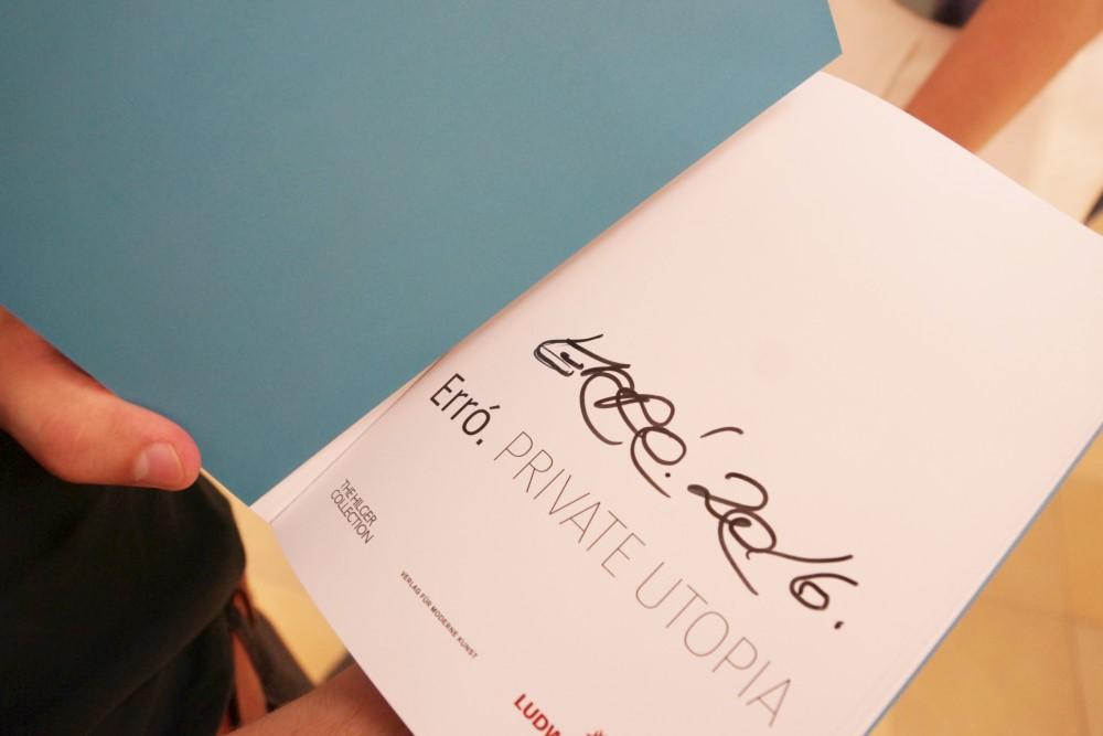 Signierter Katalog der Ausstellung